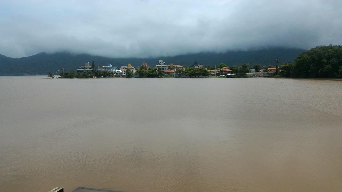 Florianópolis, 11 de janeiro de 2018.